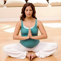 yoga at home for pregnant women
