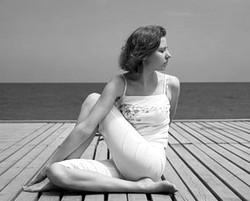 ardha matsiendrasana yoga for bloating and gas